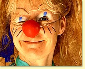 Clown Suse gründet einen Zirkus.